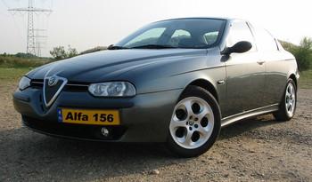 Alfa_Romeo_156_Selespeed.jpg